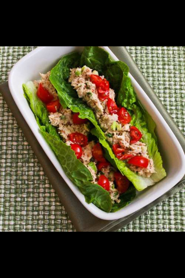 Hearts of romain lettuce, tuna and tomatoes. Quick and simple healthy meal! Remember the bltt: bacon lettuce tomatoe and turkey roll up. Use bacon bits or bacon dressing
