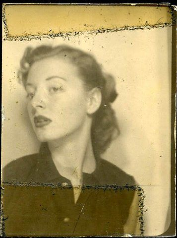 ** Vintage Photo Booth Picture **   Starlet pose.  Circa 1940