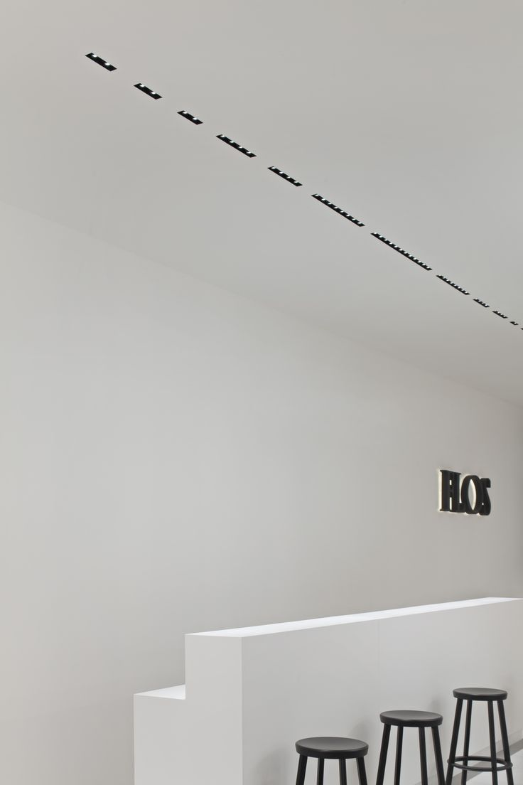 #Flos #Flosarchitectural #designlighting #professionallighting #BiennaleInterieur2016 #Kortrijc #TheBlackLine #phgermanoborrelli #qualitylighting #architecturallighting