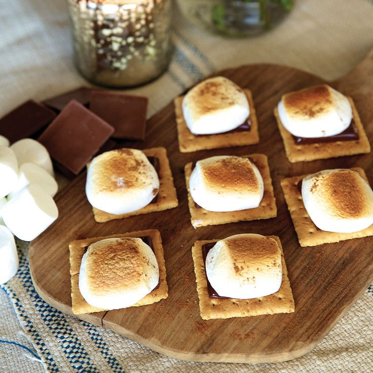 """Haylie Duff's Oven S'more """"Cookies"""": For People Who Really Can't Bake: Whatever your reason is for not baking this holiday season (you really truly burn everything; ain't nobody got time for that; you're afraid of creating a blob monster), Haylie Duff of The Real Girl's Kitchen has a miraculous s'mores """"cookie"""" recipe that just requires a handful of ingredients and a watchful eye."""