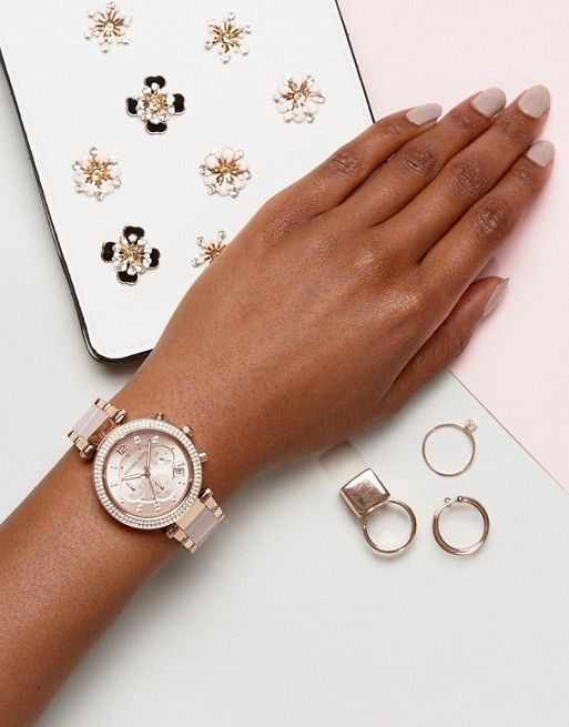 Michael Kors Rose Gold Accessories   #rosegold #michaelkors #accessories #watch #womenfashion #afflink #fashion #girly #girlystyle #pink #summeraccessories #springstyle #giftsforher #valentinesdaygifts #valentinesday #outfits #streetstyle