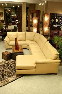 Merveilleux Living Room   Sectionals   Metropolitan 2 Piece Chaise Sectional   Furniture  For Your Living Room, Dining Room, Bedroom And More   Mealeyu0027s Furnituu2026