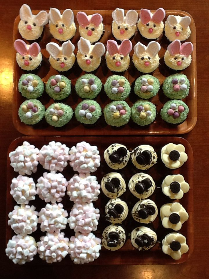 My daughter and I decorated 48 cupcakes in about 1 hour last night.