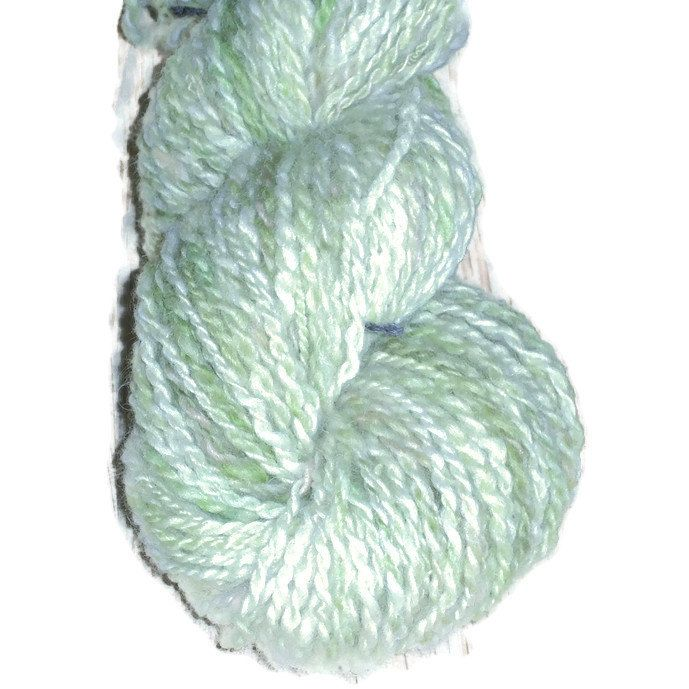 Hand Dyed Soft Merino 2 Ply Worsted Yarn. Green Rose Worsted Yarn, Green Wool Yarn, EU SELLER