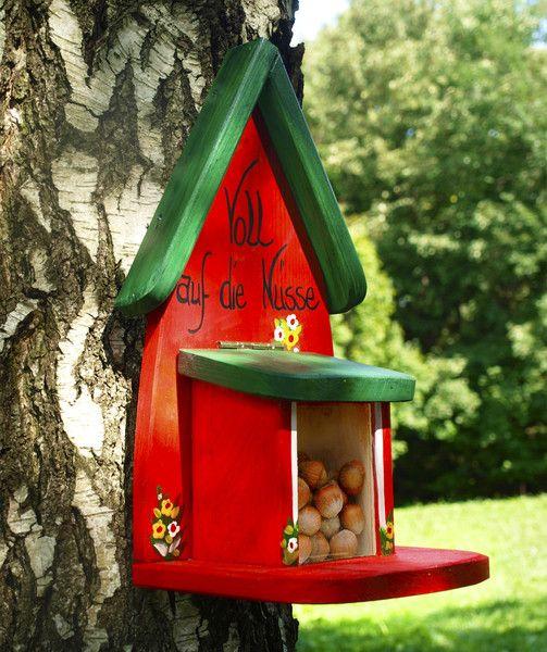 Weiteres - Eichhörnchen Futterhaus, Eichhörnchen Futterkasten - ein Designerstück von Vogelliebe-Shop bei DaWanda