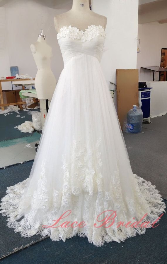 Romantic Lace Wedding Gown, Princess Style Bridal Gown, Hand-made Flower Wedding Dress, A-line Wedding Dress