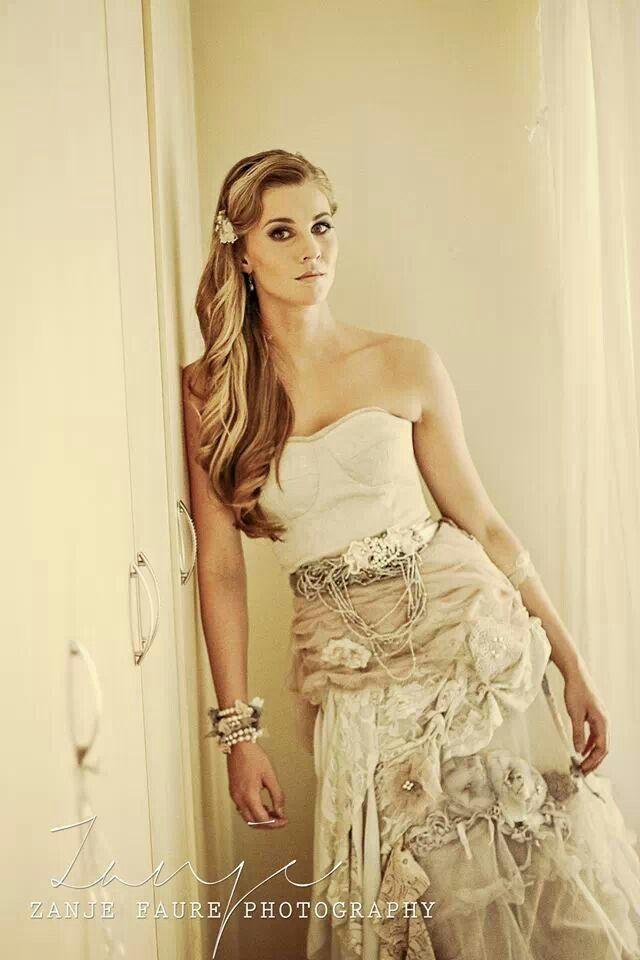 Matric Farewell Prom Make Up: My Vintage Matric Farewell Dress :)