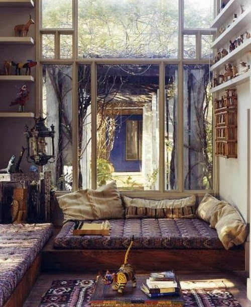 What a perfect space to read a book, meditate, or take a nap.