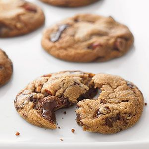 +Desserts, Cookies Bar, Chocolates Chips, Chocolates Chunk, Basic Cookies, Cookies Recipe, Sweets Tooth, Food Recipe, Almond Cookies
