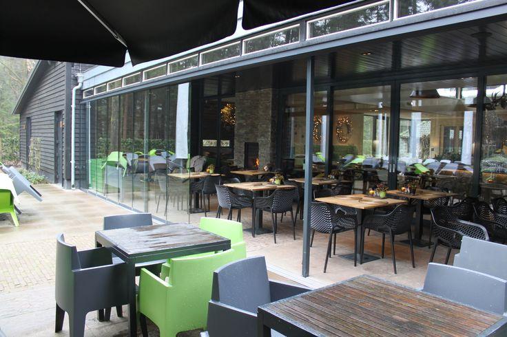 Het hele jaar genieten van uw tuin en terras ook perfect oplossing voor horeca met de jvs - Overdekt terras voor restaurant ...