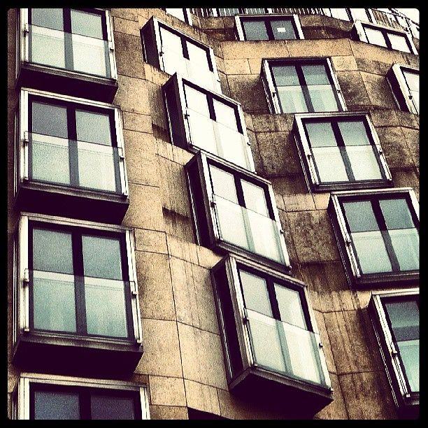 DZ Bank Berlin, Frank Gehry