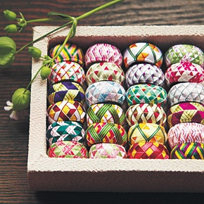kraso [クラソ] 日本の四季を絹糸で描く 華やか加賀ゆびぬきの会(12回限定コレクション) フェリシモ