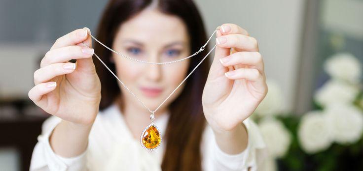 Dica de ouro: aprenda a guardar seus colares sem que eles embaracem