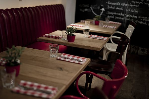 Pest-Buda http://www.pestbudabistro.hu/ #budapest #restaurant #pestbuda #design #restaurantdesign