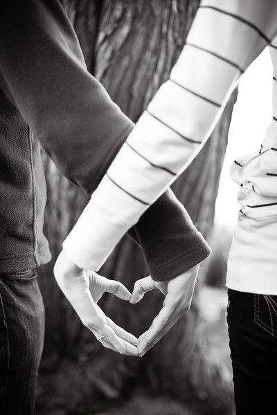 Engagement Photo Ideas I Jasmine Lee Photography I #engagementphotos