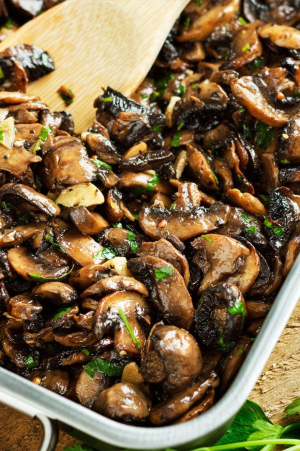 These baked garlic parsley mushrooms go with practically anything: on toast, mixed into some fresh pasta, or even in an omelet!
