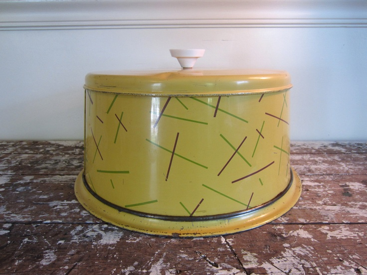 Vintage Cake Plate Cake Taker Cake Carrier Nesco Mid Century Cake Tin