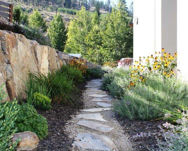 17 meilleures id es propos de jardin en gravier sur for Construire une allee en gravier