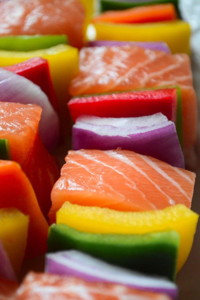 The healthy way to grill - salmon skewers with colorful peppers  (salmon needs a little more flavor)