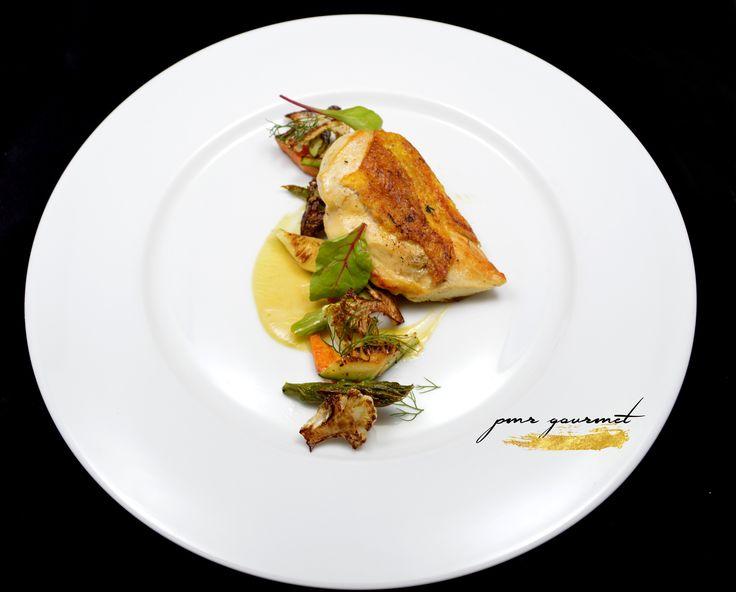 PMR Gourmet /Servicio de Catering / Renta de Mobiliario / Renta de Salón para Eventos Sociales y Corporativos; Solicite su Cotización sin ningún compromiso #gourmet #catering #banquete