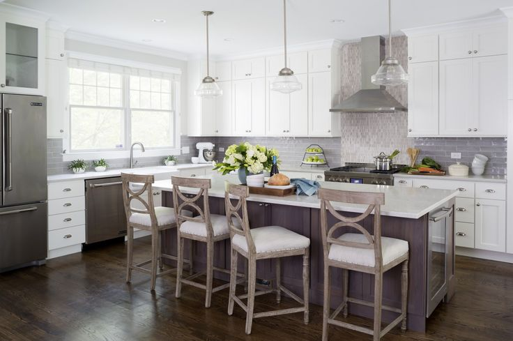 """Caesarstone's Bianco Drift, an engineered stone that looks like marble Some homeowners who like marble but do not want to deal with its upkeep are choosing quartzite as an alternative. Not to be confused with manufactured quartz, the metamorphic rock — formed when quartz-rich sandstone is subjected to heat and pressure — is harder and sturdier than marble but has a similar look. """"It has beautiful veining but doesn't stain,"""" Gilmer says."""