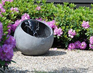 Waterelement van beton, doorsnede 58 cm.