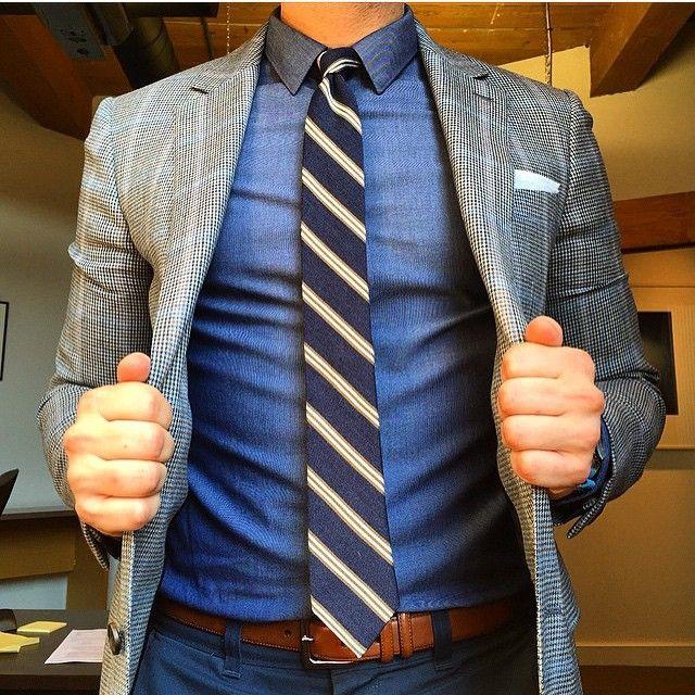The jacket is everything ... Friday Details • Photo   @BPoschmann   Raddest Men's Fashion Looks On The Internet: http://www.raddestlooks.org