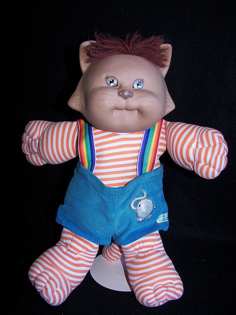 cabbage patch kids koosas cat 1983. we had this... um, it actually looks kinda scary :/