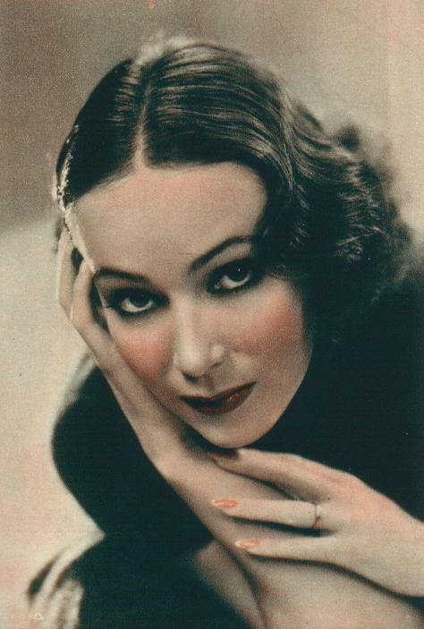 Dolores Del Rio, 1930s. (From http://www.meredy.com/delriotriv.htm)