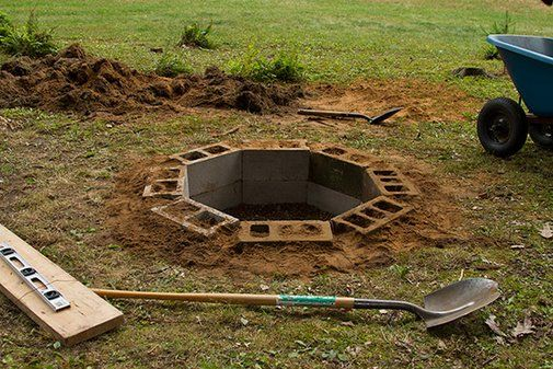 DIY In-Ground Cinder Block Fire-pit, mom's swimming hole needs one of these...