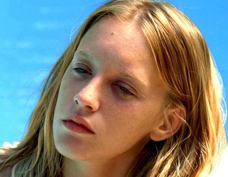 288 best ludivine sagnier images on pinterest ludivine sagnier french actress and petite for Swimming pool 2003 movie online