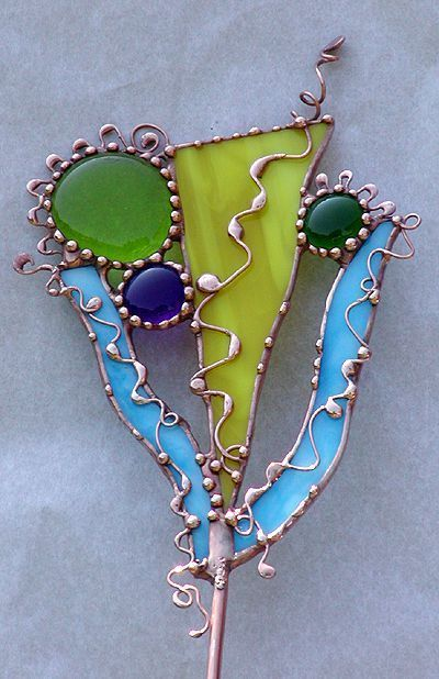 Great use of some scrap pieces! Funky!