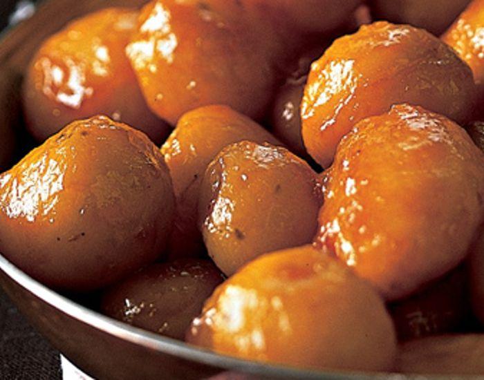 Mormors bedste julemad: Perfekte brune kartofler! Du kan også sagtens lære det - det hele handler om rækkefølgen. Opskriften her hjælper dig på rette vej!