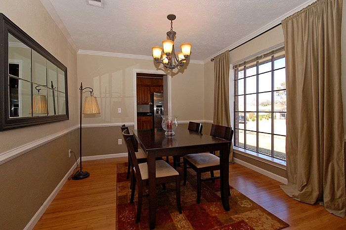 55 Dining Room Paint Color Ideas And Inspiration Gallery Images Dining Room Paint Colors Dining Room Chair Rail Dining Room Colors