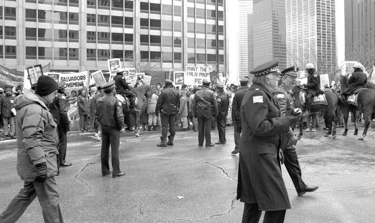 El Salvador Civil War | File:Protest against the Salvadoran Civil War Chicago 1989 2.jpg