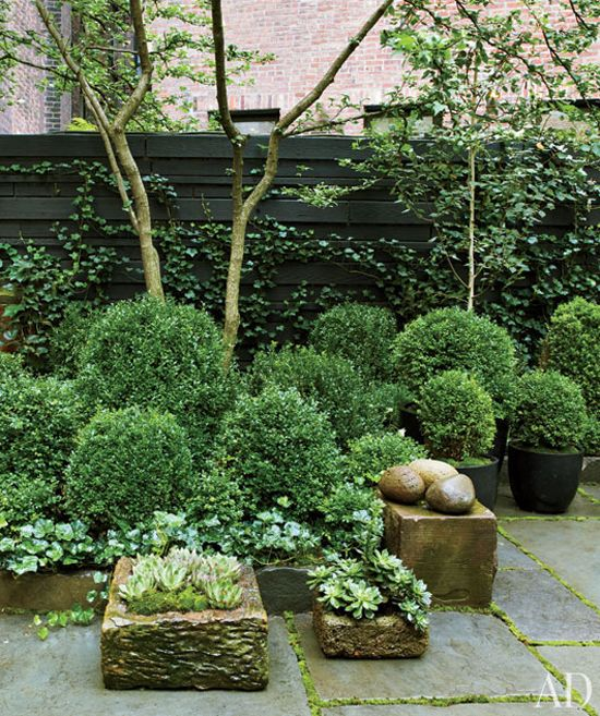 Courtyards Gardens, Architectural Digest, Moore'S Gardens, Contemporary Gardens, New York, Cities Gardens, Architecture Digest, Celebrities Home, Julianne Moore
