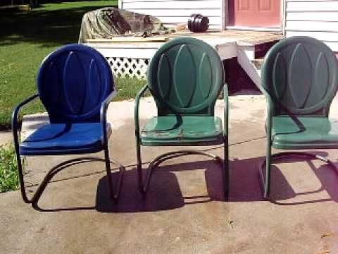 Appears to be similar to Shott vintage metal lawn chair