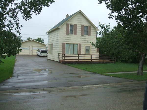 Emma and Oscar's house