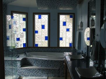 In this video you'll learn how to design unique framed or unframed glass block windows with colored, frosted, etched, glass mural and different glass block sizes.