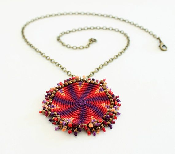 Macramè spiral geometric necklace ethnic red by KnottedWorld
