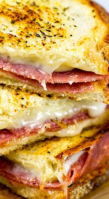 Italian Grilled Cheese Sandwiches are layered with salami, provolone and mozzarella…and they make for one epic sandwich! ❊