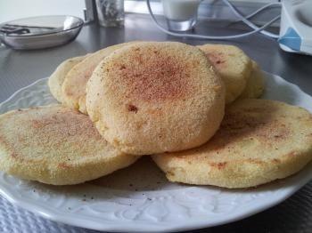 Zachte harsha. Zachte harscha, Marokkaanse recepten. Alles mengen tot een dik vloeibare mengsel