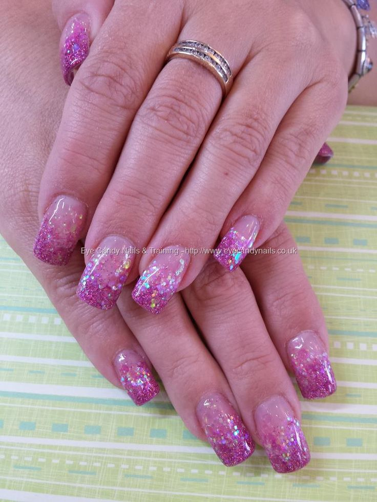 Glitter Nail Trends: 17 Best Ideas About Glitter Fade Nails On Pinterest