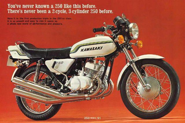 KAWASAKI 250cc 2-Stroke Triple