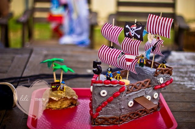 Pirate partyPirates Ships, Birthday Parties, Pirates Birthday, Pirates Parties, 5Th Birthday, Parties Ideas, Birthday Cake, Pirates Cake, Pirates Theme
