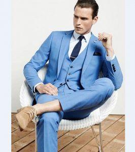 Světle modré obleky pro muže 6