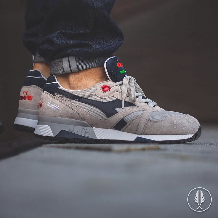 The Diadora Italia Paloma Grey coms with Paloma Grey and Blue Night colors  with mesh and suede.