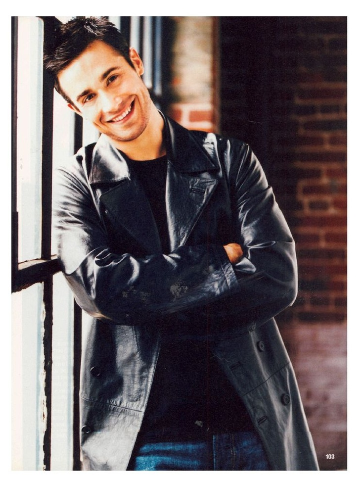 Freddie Prinze Jr. - I used to love this man! What ever happened to him?