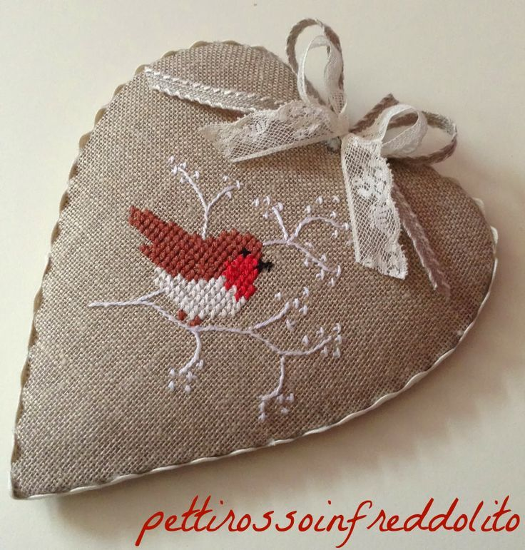 Nice finish on this heart ornament - inspiration from http://pettirossoinfreddolito.blogspot.it: