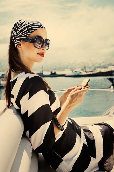 black + white stripes: Fashion, Style, Black And White, Dress, Outfit, Black White, Summer, Head Scarf, White Stripes